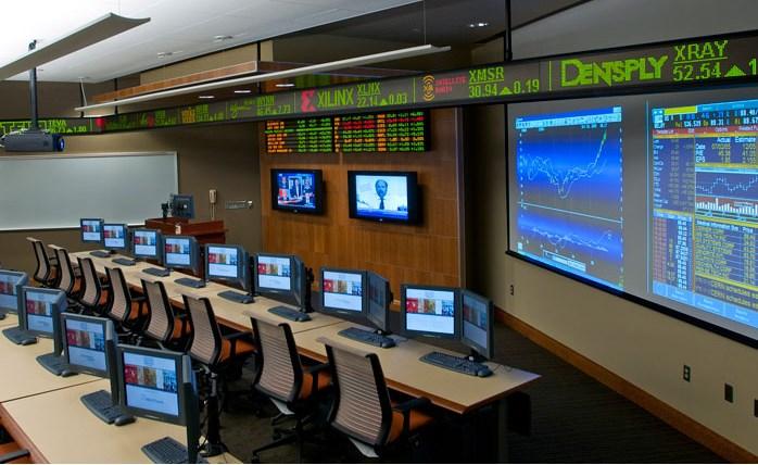Exemple d'une salle de trading « classique »