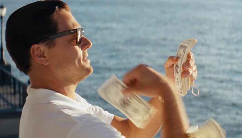 Je n'ai pas encore connu de traders qui jettent leur argent « par les fenêtres »